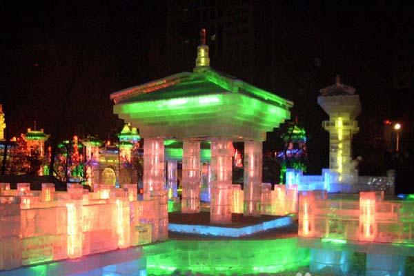 费用资讯:2015 正宗哈尔滨冰雕展在台中