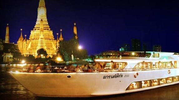 泰國大珍珠號自助晚餐+夜遊湄南河(Grand Pearl Cruises)